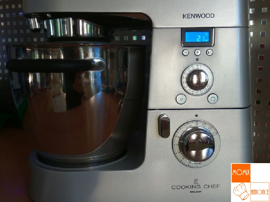 Robot Kenwood Cooking Chef Major. Robot With Robot Kenwood Cooking ...