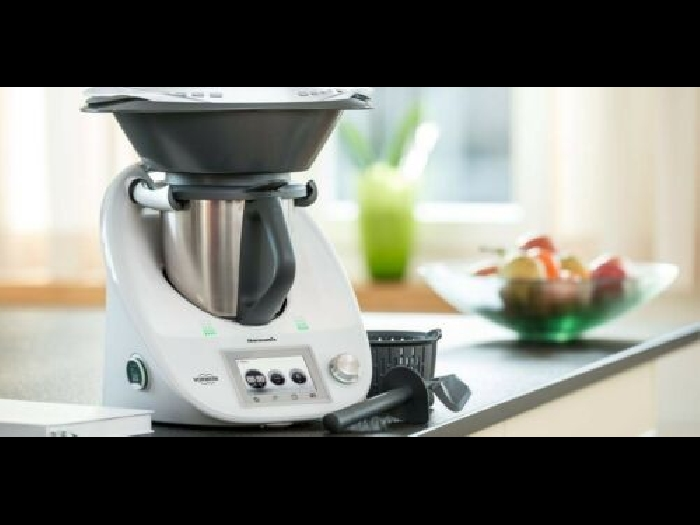THERMOMIX TM5, BRAND NEW ! ALL ACCESSORIES