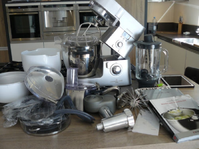 Robot kenwood cooking chef major momix annonce for Robot kenwood cooking chef major